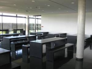 Cafeteria: fixed seating