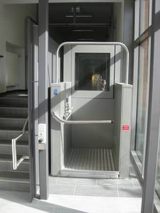 Wheelchair lift in Building 3