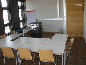 View from the rear into a typically equipped seminar room