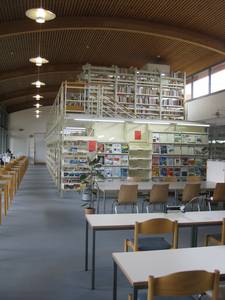 Reading room and collections in the Library