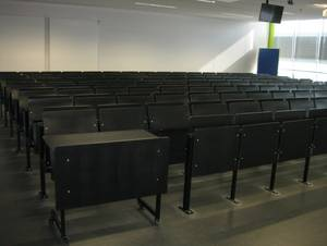 Equipment of type 2 lecture rooms, wheelchair-accessible places