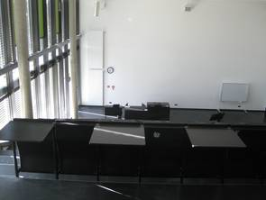 Overview of equipment in type 1 lecture rooms